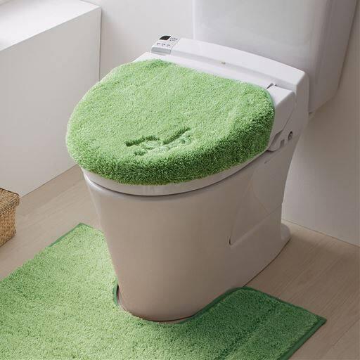 【単品販売】フカフカ抗菌防臭トイレ用品(ふたカバー・トイレマット)の商品画像