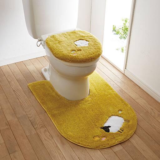 フカフカひつじ柄トイレ用品(単品販売)の写真