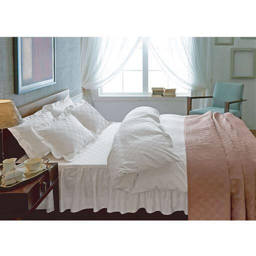 いつもの寝室がホテルに変わる。ホテル感覚の高密度枕カバー – セシール