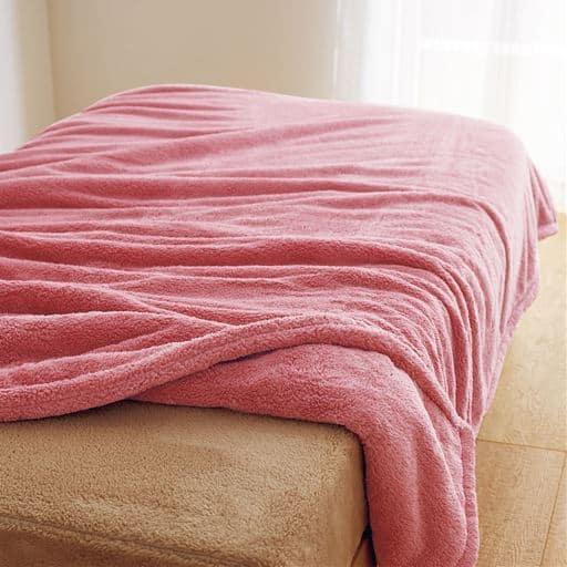 「くるまった時の気持ちよさ」ふわふわマイクロ2枚合わせ毛布