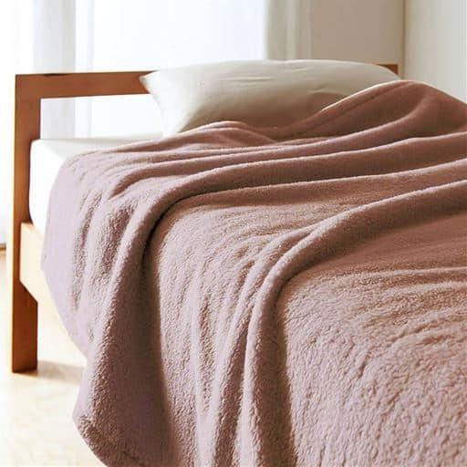 「くるまった時の気持ちよさ」ふわふわマイクロ2枚合わせ毛布の商品画像