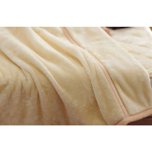 ミンク調わた入り毛布 – セシール