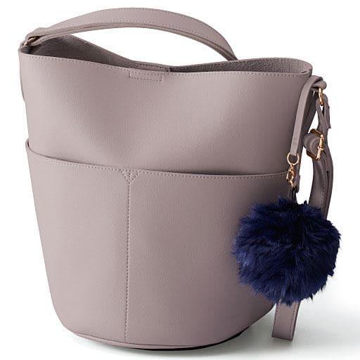 【SALE】 【レディース大きいサイズ】 バケツ型バッグ(ファーチャーム付き) – セシール