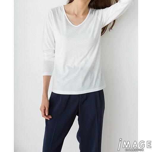 【SALE】 【レディース】 ビジュー使いVネックTシャツの通販