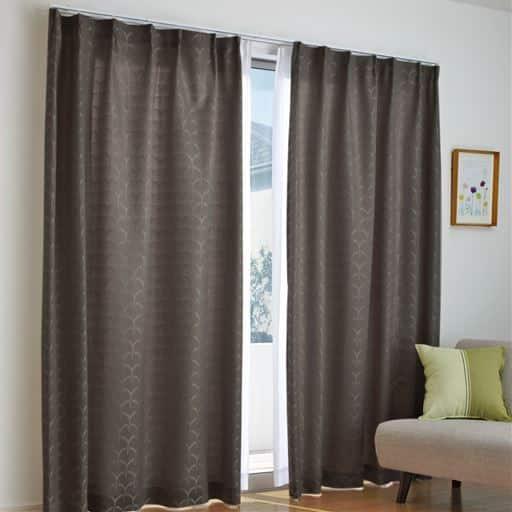 モダン柄ジャカード織りカーテンと題した写真