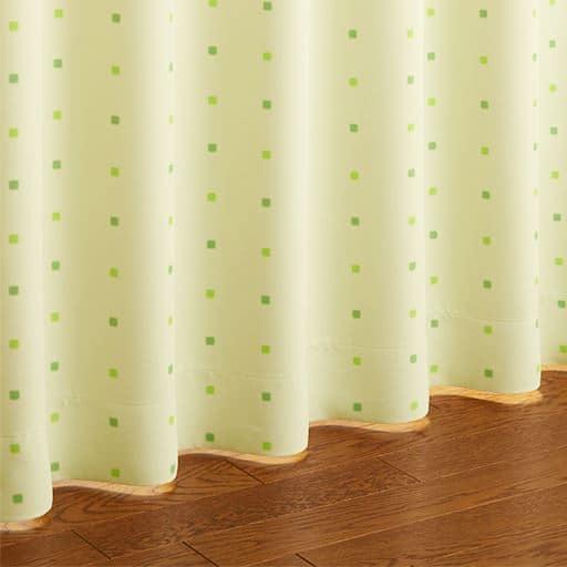 〔形状記憶付き〕防炎遮光プリントカーテンの小イメージ