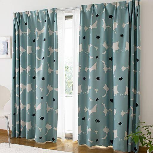 〔形状記憶付き〕北欧フラワー柄遮光プリントカーテンの写真