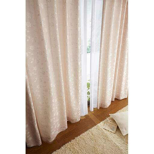 光沢感のある花柄ジャカード織りカーテン – セシール