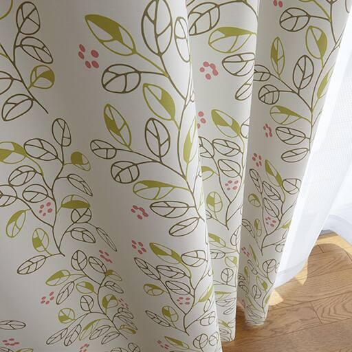 カジュアルリーフ柄プリント遮光カーテンの商品画像