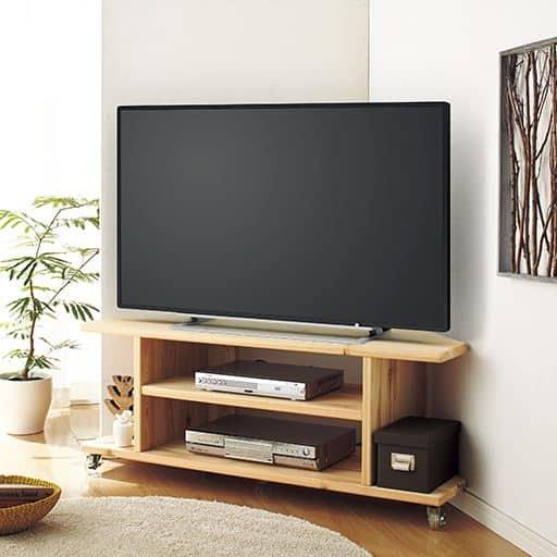 国産杉のコーナーテレビ台の写真