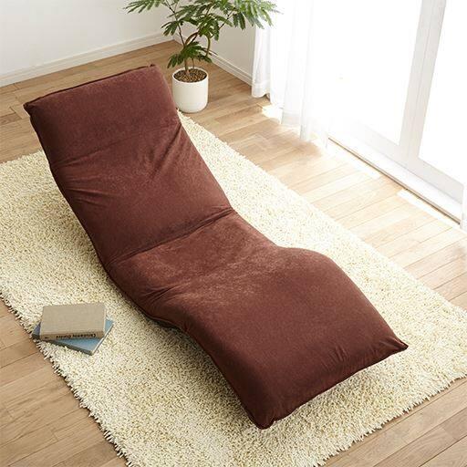 腰に優しい脚上げ寝椅子IIの写真