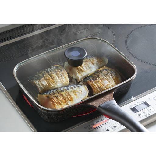 IH対応ゴールドマーブル魚焼きパン – セシール
