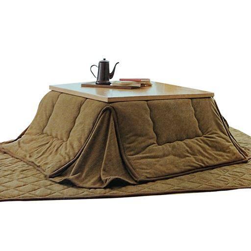 吸湿発熱省スペースこたつ掛け布団と題した写真