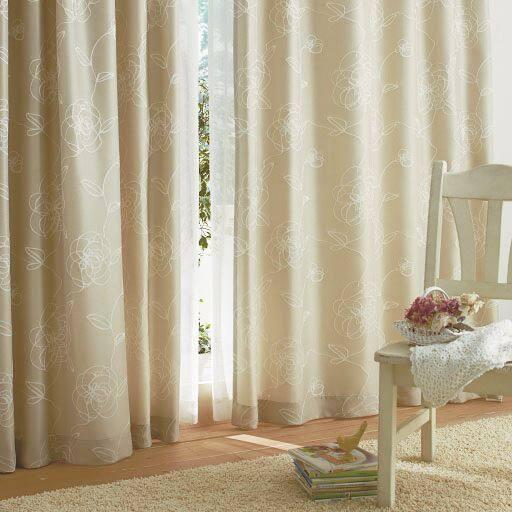 ラメ入りジャカード織りカーテンの写真