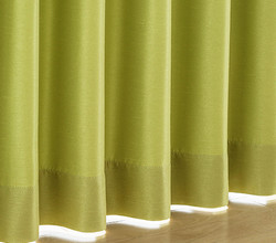 形状記憶加工つきカーテンなら、まとまり感よし