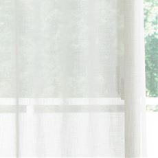 透け感のあるナチュラル無地ボイルカーテン