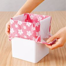 取っ手付の花柄ポリ袋
