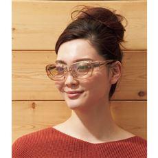 薄色レンズのオーバーサングラス