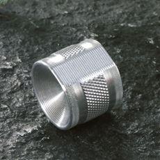 刃物産地でつくられた日本製爪やすり