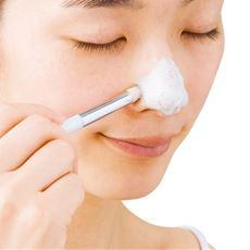こだわりの小鼻用洗顔ブラシ