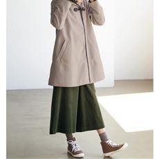トグル釦使いコート