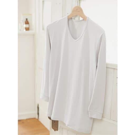 【第4位】9分袖Vネックシャツ