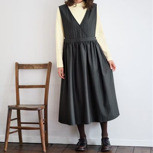 【ぽっちゃりさんサイズ】ヘリンボーンジャンパースカート