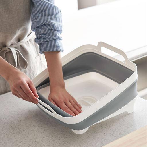 折りたたみ洗い桶(排水口付き)