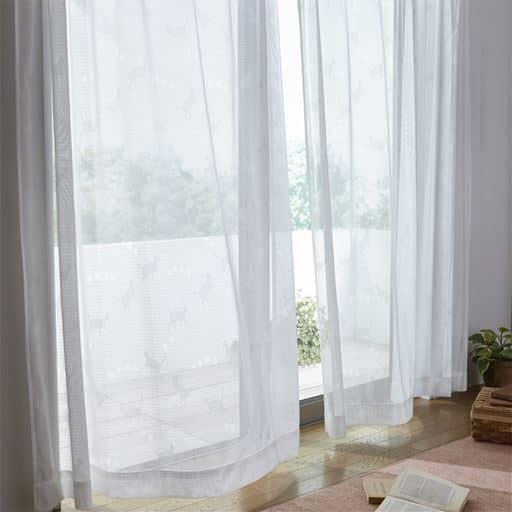 透け感のあるミラーレースカーテン(猫柄)