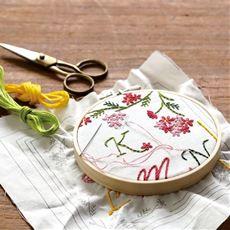 頒布 18種のステッチをマスター!始めてみようフランス刺しゅうコレクション