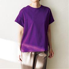 バックレースTシャツ