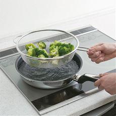 フライパンザル/湯切りザル フライパンでの茹で調理