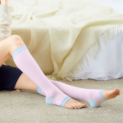 おやすみ着圧ハイソックス(アシスキット®)(日本製)