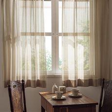 お部屋をワンランク上げるざっくり編みレースカーテン