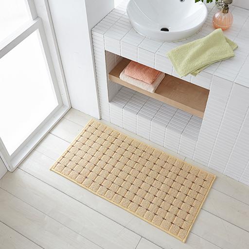 アイボリー(横90×縦45cm) 洗面台前にも使えます。