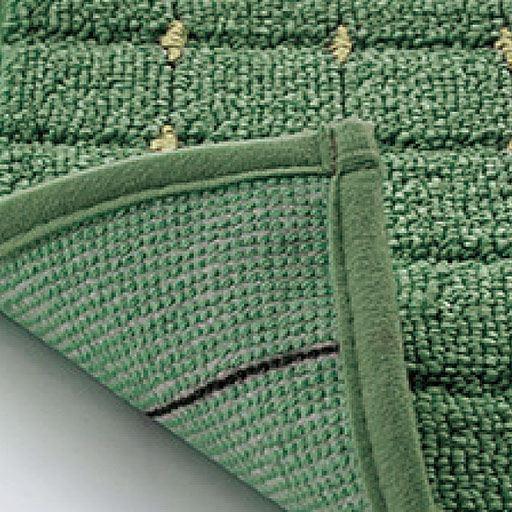 パウダーグリーン 裏面はすべりにくい加工。透明の樹脂塗布タイプです。