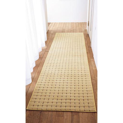 アイボリー(横270×縦70cm) 踏み心地がよく、廊下敷きとしても。