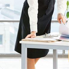 らくらくフレアスカート(事務服・洗濯機OK・動らく)/座ってもお腹らくらくの前らく®カーブベルト設計