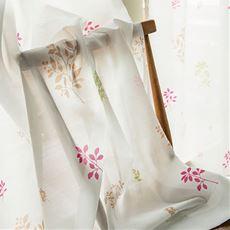 草花模様のUVカット遮熱ボイルカーテン