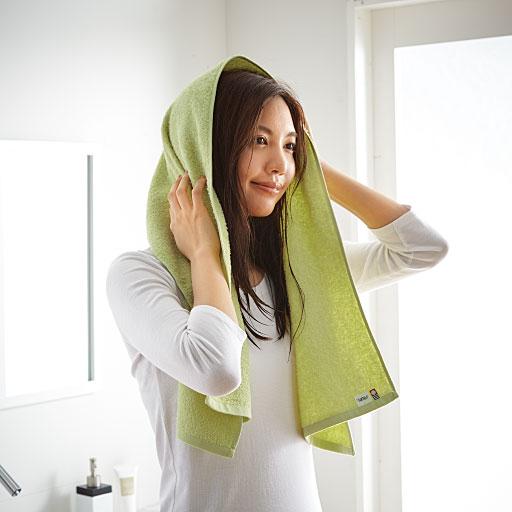 ハンガーバスサイズは、髪を拭くのにもちょうど良いサイズです。