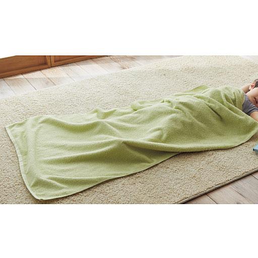 D(若草色) ジャンボタオル 大判のジャンボタオルは、お昼寝のケット代わりにも。