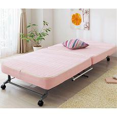 【完成品】寝心地にこだわったコンパクトな折りたたみベッド。マットは3層構造で表面は凹凸加工を施した波形状になっています。マットの厚みも12cmとボリュームがあり、カバーは取り外して洗えますので毎日使ってもいつも清潔に保てます。