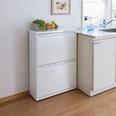 すっきりスタイリッシュデザインのダストボックス。ゴミ箱には見えないシンプルなフォルムがキッチンに素敵に映えます。樹脂製ペールは汚れても水洗いOK。いつでも清潔に保てます。薄型なので場所を取らず、見た目にもスマートです。