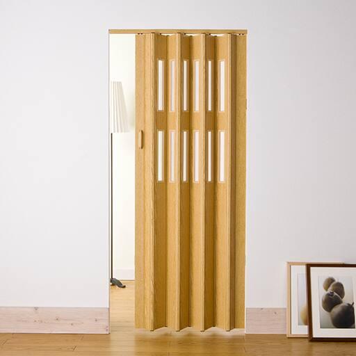 【ネット限定】木目調のパネルドアは、部屋と部屋との間仕切りや、廊下・キッチンなどへの出入り口の目隠しなどに最適!