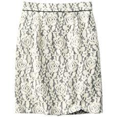 ボンディングレース風スカート