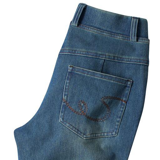 ニットデニムストレートパンツ(スマートニットジーンズ)(美脚パンツ・選べる3レングス)