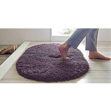 足を踏み入れた瞬間から心地よい!埋もれるようなフカフカ感の洗えるシャギーマット