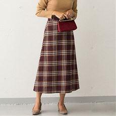 タータンチェックトラペーズスカート
