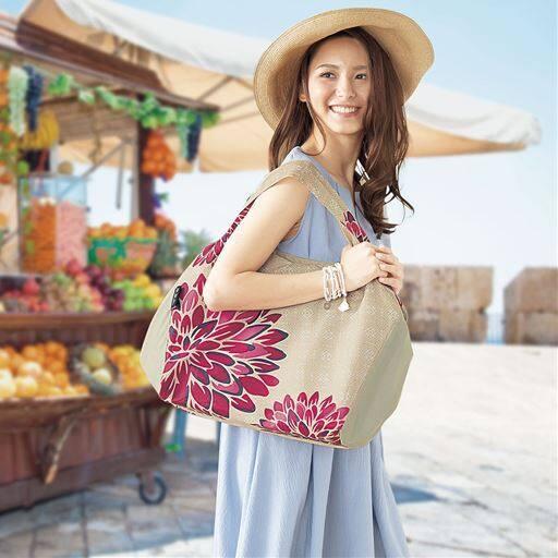 気分が上がるおしゃれなデザインが人気!保冷・保温レジかご用バッグです。