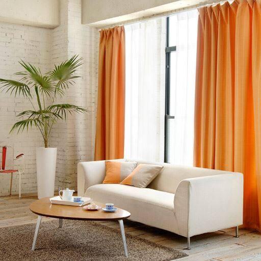 シンプルで使いやすい風通織り遮光カーテン